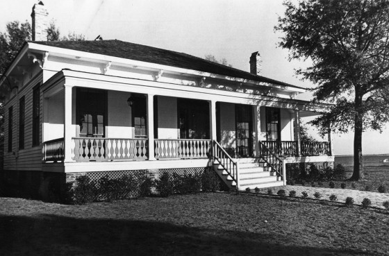 historic-lee-house